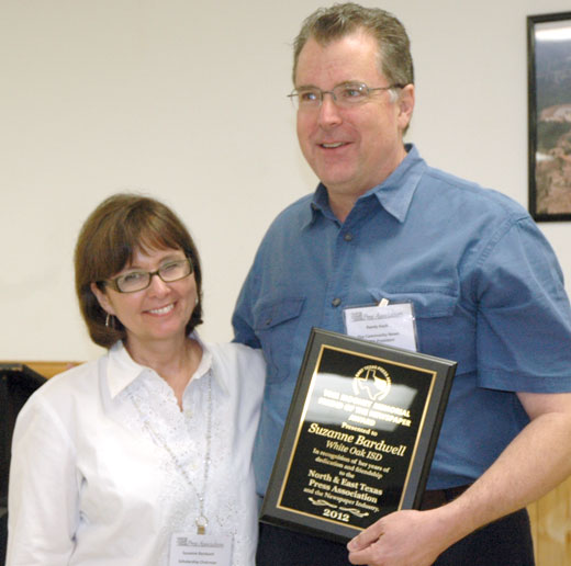 Randy Keck presents the Tom Mooney award to Suzanne Bardwell of Gladwater in Mount Vernon in 2012