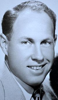 Walter Buckel
